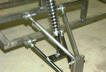 SUSPENSION-TRANSMISION / Suspensii,transmisii,mecanică.