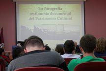 VIII Jornada FOTODOC / La Facultad de Ciencias de la Documentación de la UCM organizó el día 7 de mayo de 2015 las VIII Jornadas FOTODOC con el cartel De Cervantes a Instagram.