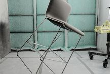 Bulo Collections_TAB chair / Belgian designer Alain Berteau has captured the essence of our current way of using a seat, providing an ergonomic answer to the demands for active seating. TAB chair is availabe on a cantilever frame, a star base and as a bar stool. The cantilever version is stackable and juxtaposable.