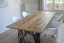asztal/ bútor