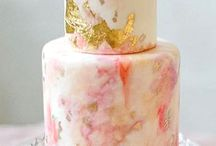 Wedding cakes and treats / Who doesn't love weddings