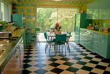 Vintage/Retro Furniture and Decor / Interior design, decoration, and furniture inspiration for Retro and Old School themes.