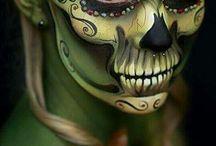 Totenkopf schminken