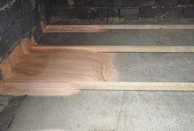 ZATEPLENÍ PODLAHY / FLOOR INSULATION / Stříkaná pěnová izolace: uzavřená struktura buněk EXY 39 Spray foam insulation: close cell foam EXY 39