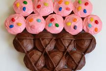 Cakes / by Tim N Tina Bobrowski