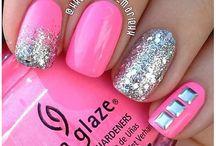 Nails nails nails / by Julianna Turley