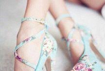 Sapatos Femininos ♡