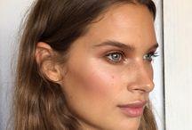 Make up make up