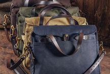 Go to work / Briefcase, housse en cuir, entretien des souliers, chaussettes ou ceintures, retrouvez tous les indispensables pour partir travailler.