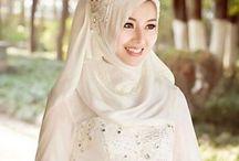 Hijab wedding dresses / Best wedding gowns with hijab   http://bugelinlik.com/en/wedding-dresses/hijab