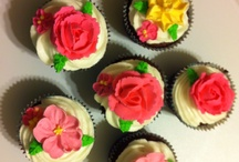 Cupcakes / by Nichole Trevino