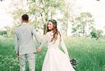Minimalist Wedding Theme - Less is More