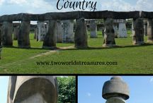 Roadside Attractions / Roadside Attractions throughout the United States. Road trip, anyone?