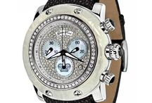 Women's Stylish Luxury Watches / Women's stylish luxury fashion watches for all occasions.  http://stylishtimepieces.com