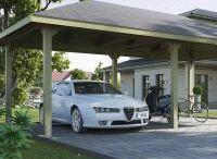 Carports / Ein Carport schützt Ihr Auto, welches täglich vielen Umwelteinflüssen ausgesetzt ist. Egal ob Regen, Sonne oder herbstliche Blätterstürme – unter einem Carport kann die Luft rund um das Auto zirkulieren und es ist für ein ausgeglichenes Klima gesorgt. WEKA bietet ein großes Angebot an Carports: vom Anlehncarport über das Y-Doppel-Carport bis zum Leimholz-Carport – es ist für alle Ansprüche etwas dabei.
