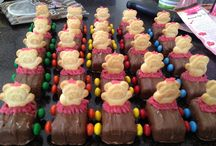 Girls Mars bar cars  / Cars made from mini mars bars, smarties wheels and I piped pink icing around the Tiny teddy to make a tutu for my daughters ballerina birthday party