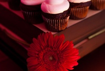 cupcakes...love them! / by Tami Mead