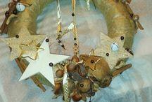 Aranžování dekorací / Aranžování květin, věnců, dekorací,... Ruční výroba stojánků na šperky, dekorací,...
