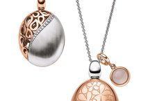 NECKLACES (náhrdelníky)