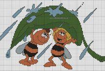Haft krzyżykowy - Pszczółka Maja