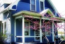 violet houses / exterior color ideas