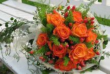 Arranjos florais e flores