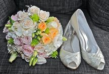 Complete Weddings - Florist - Fleurs de Esther / Fleurs De Esther offer a full wedding floral service for the Briday Party, Ceremony, reception and beyond.  Esther promises to help make the organisation of your important day as enjoyable and stress-free as it should be.