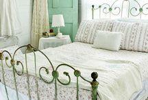 Bed knobs & Broomsticks