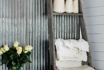 Farmhouse Decor, Farmhouse Projects and Style / Vintage Farmhouse Style - chippy wood, rusty metal, enamelware, quilts, mason jars, old signs, and all things that make farmhouse decor so charming!