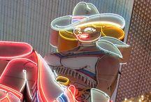 Downtown Las Vegas / Enjoy Downtown Las Vegas. Vintage Vegas, Nice atmosphere, Fremont Street Experience