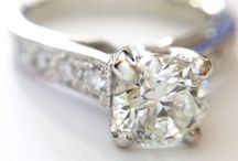 Engagement Rings / A selection of some traditional and not-so traditional engagement rings