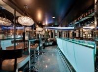 "Cocktailbar Galante Londen / De exlusieve gietvloer van Flowing Art ""de glittervloer"" kun je bewonderen in de Engelse cocktailbar Galante."