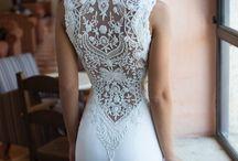 Wedding Dress / by Emily Bouvier