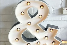 Illuminated letters / Bulb letter - giant art letters - light up letters / by Victoire