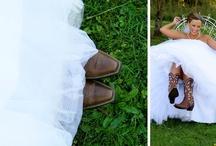 Western Wedding <3 One Day / by Laura Herrera