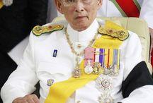 プミポン国王