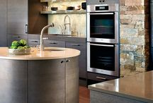 Kitchen furniture & decor