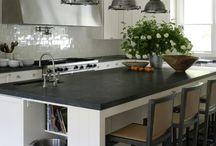 Kitchens / by Susan Barnett