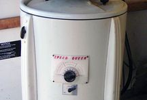 Vintage Washer. My Mom had one!!