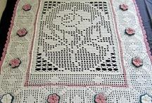 Crochet AFGHANS +  BLANKETS / by RocksandRoses