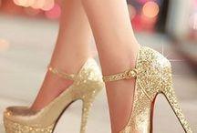 Fifteen shoes. ✨