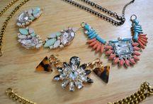 Unique Jewelry / Accessories to describe a vibrant personality