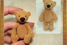crochet bears and amigurumi