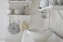Love Kitchens / by Leone
