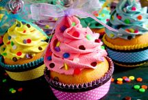 cupcakes / by Karin Winters