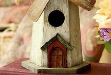 Bird houses love