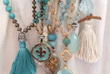 TURQUOISE / by Samantha Mia