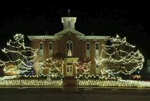 Trail of Holiday Lights / Check out some of the great light displays across the Natural State during the holiday season!