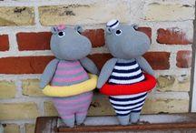 Amigurumi hippos