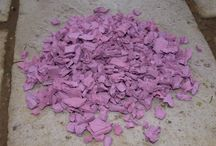 Premium Rubber Chippings / Made to order, our premium rubber chippings give you a choice of bright colours, not found elsewhere.